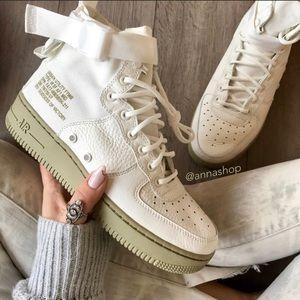 NWT Nike SF AF1